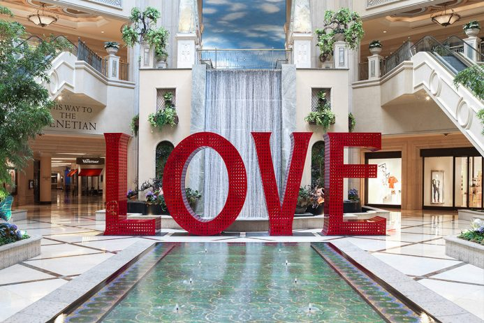 Love Sign at The Venetian